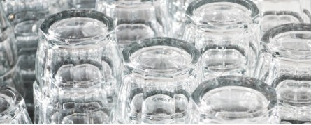 Glazenspoelmachines